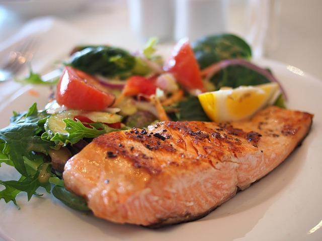 Fisch ist eine gute Eiweißquelle für Bodybuilder